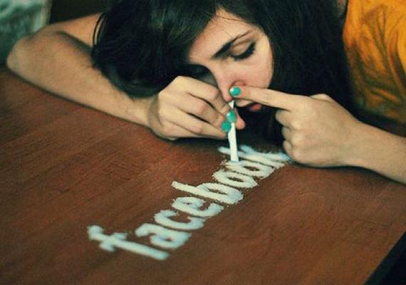 臉書上癮示意圖