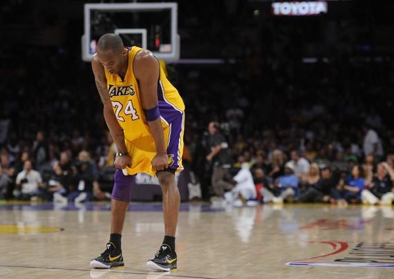 Kobe Bryant生涯大事紀-3000萬