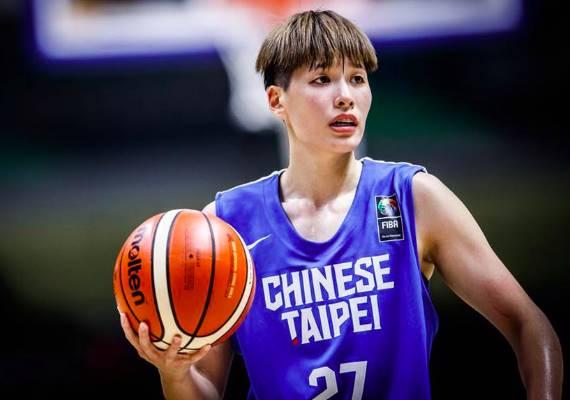 台女籃球員林育庭