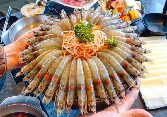 浮誇壽星系餐廳