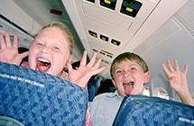 出國度假前先被掃興!那些在飛機上最討厭遇到的十件事