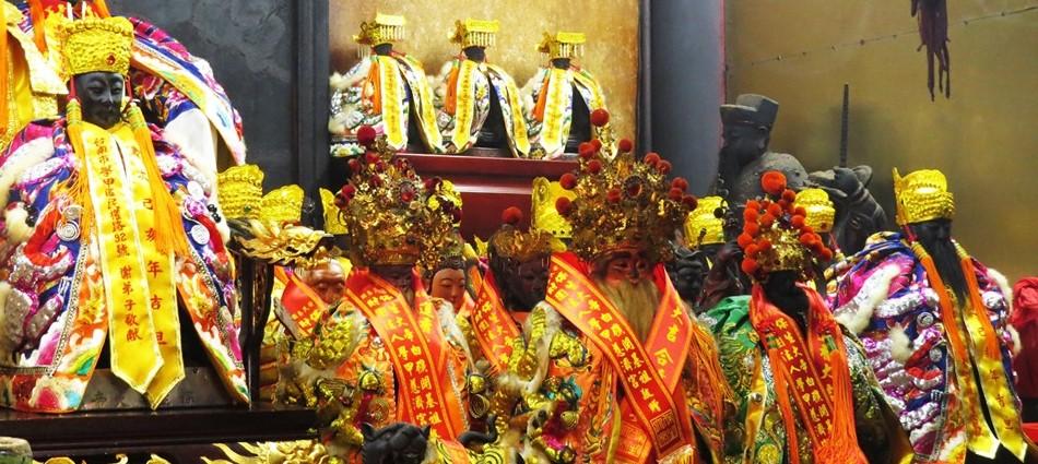 神啊救救我吧!台灣人最愛拜請神明的「十大神籤」出爐