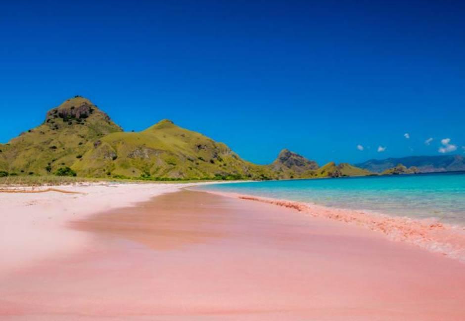 看得少女心都噴發!全球十大美翻粉紅沙灘 你打卡了嗎?