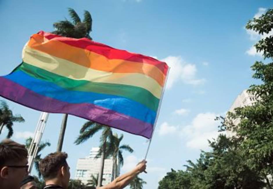 亞洲第一!同婚專法立法院二讀過關 同性可以結婚登記