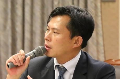 郭董走了戰神來了?時力擬「總統提名辦法」徵召黃國昌選總統