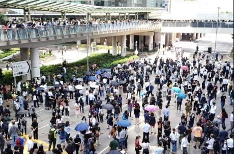 香港大三罷影響加劇!港教育局宣布14日幼兒園、中小學停課