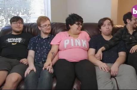 4男1女同居生活!20歲少女懷孕...全部升格當爸