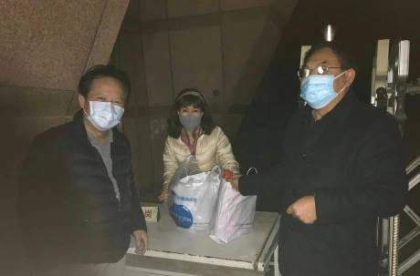 滯武漢血友病童與母親要回來了!今晚抵達桃園機場