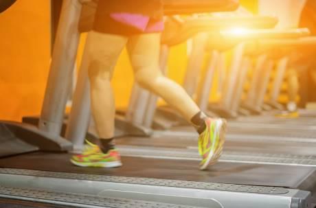 日本解禁後百條新規上路!健身房需「限速10公里」