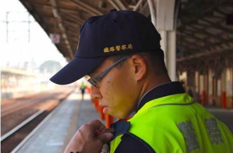 鐵路殺警兇嫌判無罪  李承翰父親一個月後因病辭世