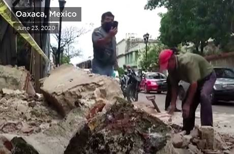 墨西哥南部7.4 級地震引輕微海嘯 地板開合、建築毀損已造成4死