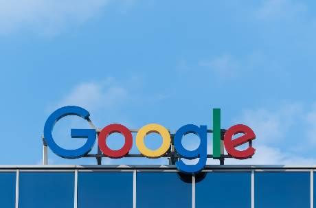 行政院拍板「7年砸百億」強化5G、AI 將爭取Google、Amazon來台設廠