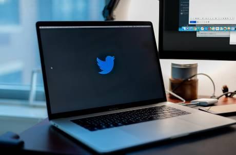 連歐巴馬、比爾蓋茲都被盜! 社群爆發推特史上最大「駭」人聽聞資安漏洞