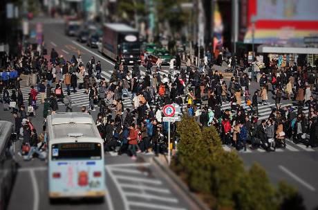 四天連假才開始… 東京都單日新冠確診366例創新高