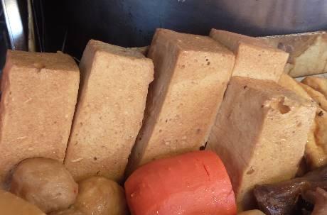 百頁豆腐超高熱量 七成成分曝光網友驚呼「超噁」