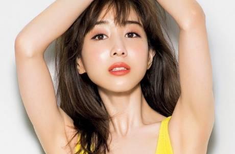 日本美女主播激像張鈞甯! 網:確定不是偷渡照片?