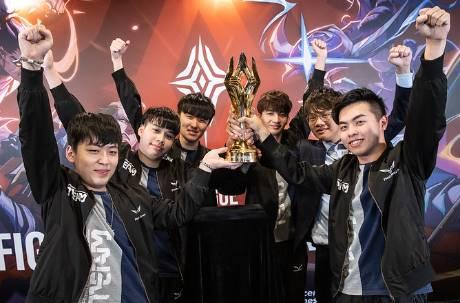 TAIWAN No.1!「閃電狼」逆襲拿下世界冠軍 成功抱回470萬獎金
