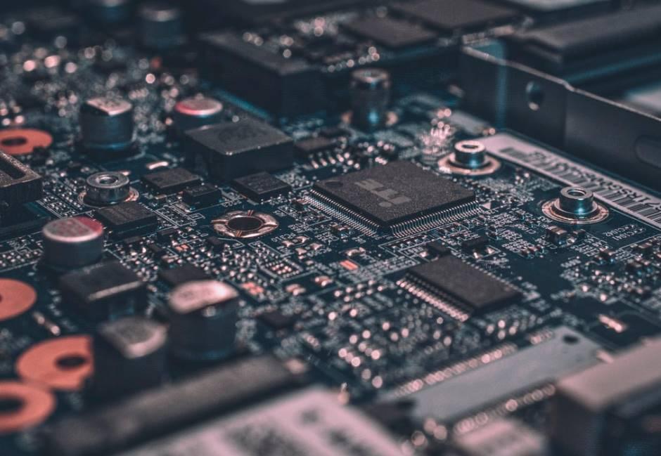 中國供應鏈搶單怎面對?廣達電董座林百里:研發和設計