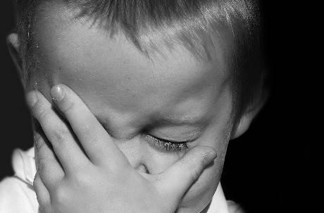 狠槌頭部「15下」釀1歲童身亡 保母認:自己的小孩不會這樣打