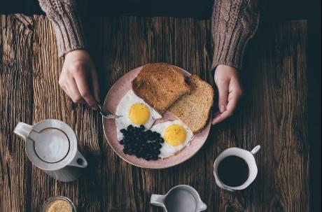 喜歡吃什麼食物代表老了?網淚推「3指標」:以前根本不吃