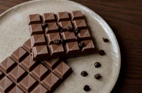 趴數很高的巧克力「苦到爆」誰會吃?內行曝差異:吃了會上癮