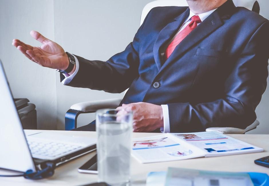 你老闆有以下特徵嗎?只要符合極有可能是「黑心企業」