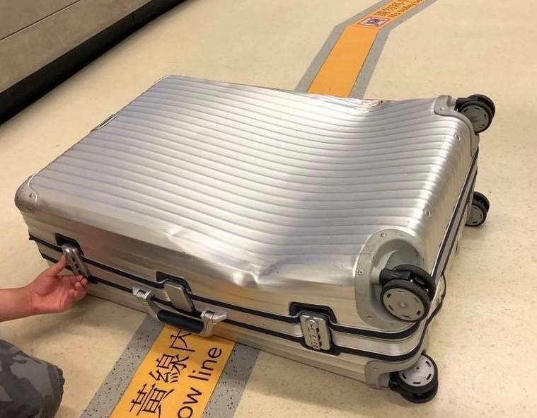 廉價航空的附加服務?看看這些行李箱的悲慘遭遇