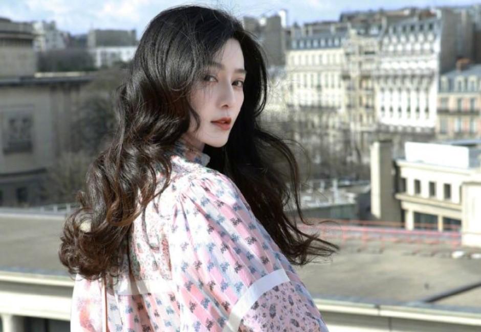 網友親眼目睹!范冰冰消失上百日 終於跟李晨「一起出現了」