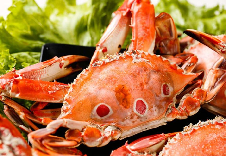 「壓肚子空空的就慘了!」專家教你一招挑飯店級的螃蟹