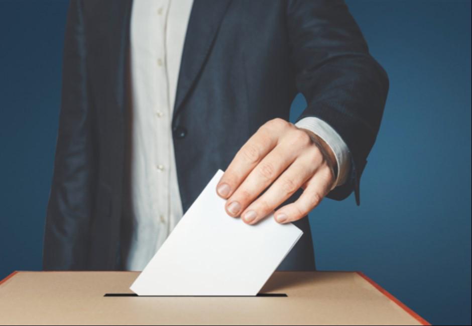 「公投只是花15億的民調!」他用一張選票算出台灣人真正價值