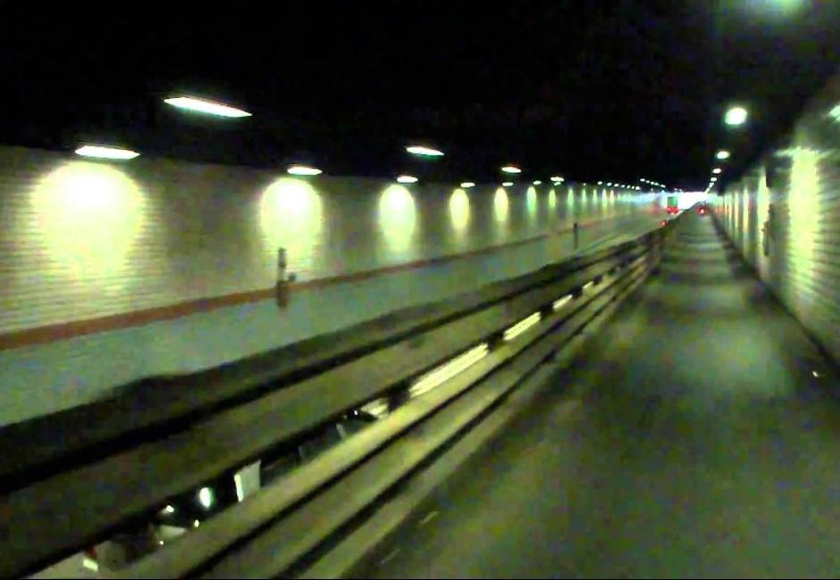全台五大猛鬼隧道!一個人開車警察問:你女友怎坐後座…