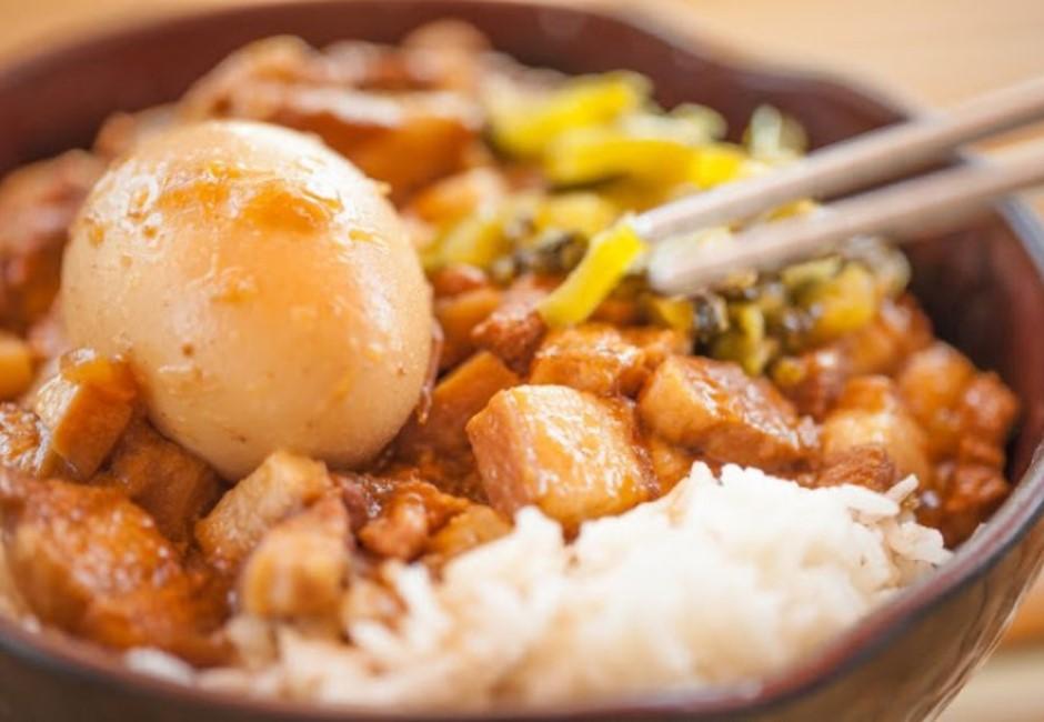 內行人才知道!台北5大高CP值滷肉飯 神級美食外國人忘不掉