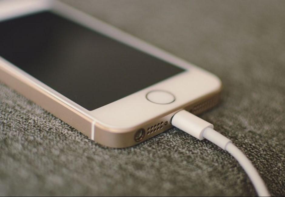 手機慢慢被你殺掉!8個雷到爆的壞習慣讓人悔恨想剁手