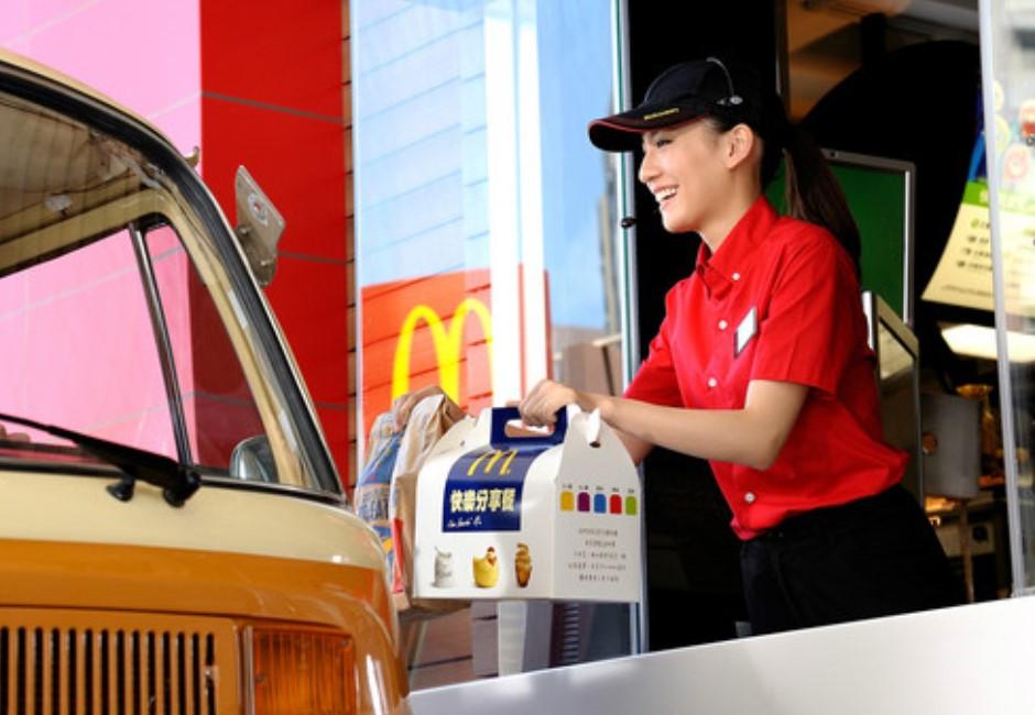 麥當勞「爆大薯條」現蹤!她洩得來速激省4點法…傻瓜才排櫃檯?