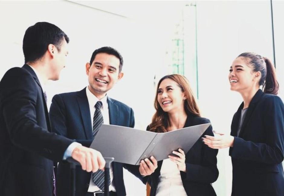 你跟錯人了還不知道嗎?揭露「好老闆」才有的10個特徵