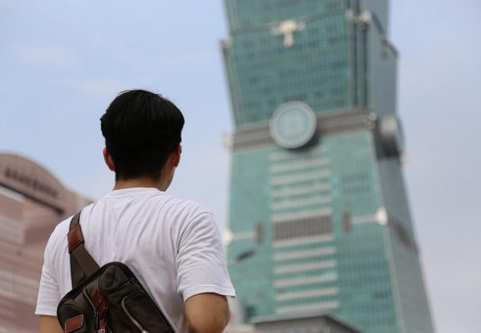 台北超級富豪人數全球第8!買愛馬仕卻遮遮掩掩「用紙袋裝」