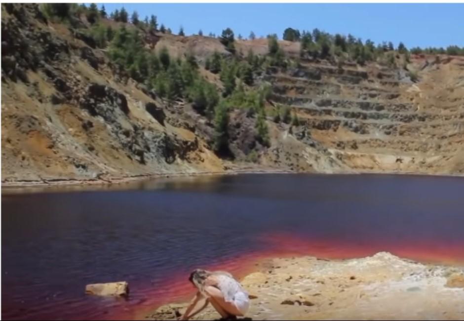 「湖中血箱」驚藏扭曲屍體!網紅闖禁地拍片竟扯上連續殺人案