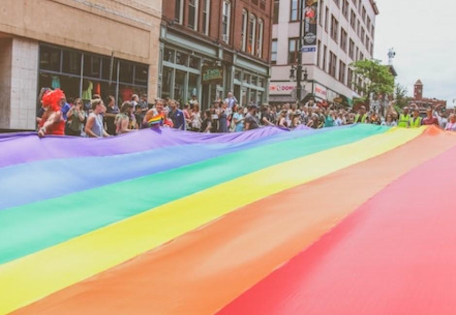「為反同者羞愧!」人權悍將看異性戀:不過剛好出生人多這一邊