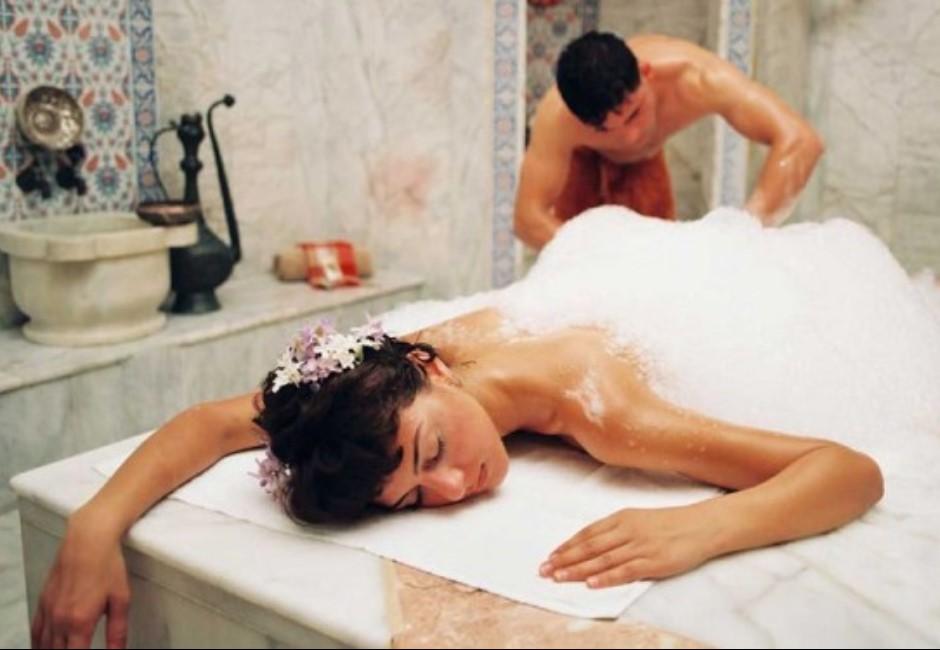 影/畢旅還洗泰國浴?「土耳其浴」曝全程 女按摩師手法讓網超嗨