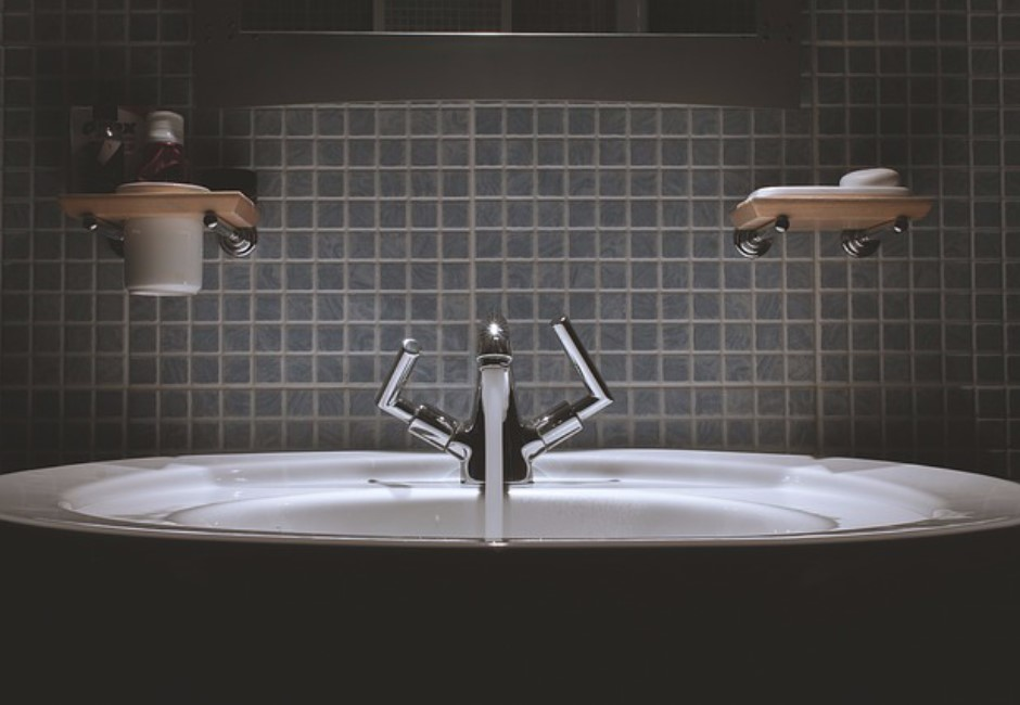 洗手台爆裂意外頻傳!醫曝4警告…2招預防