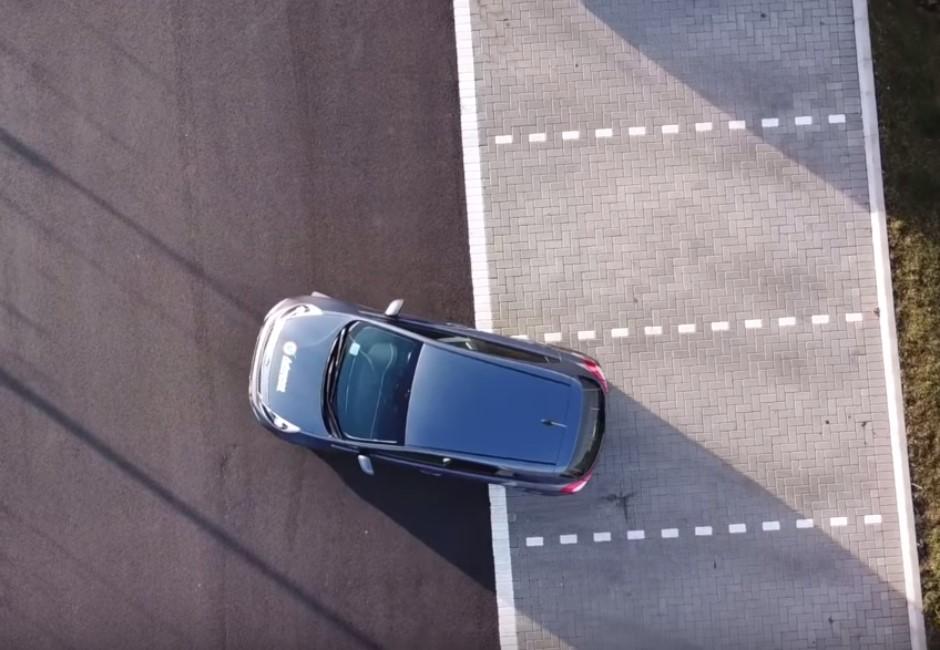 為什麼停車都得「倒車入庫」?2原因減少擦撞傷荷包