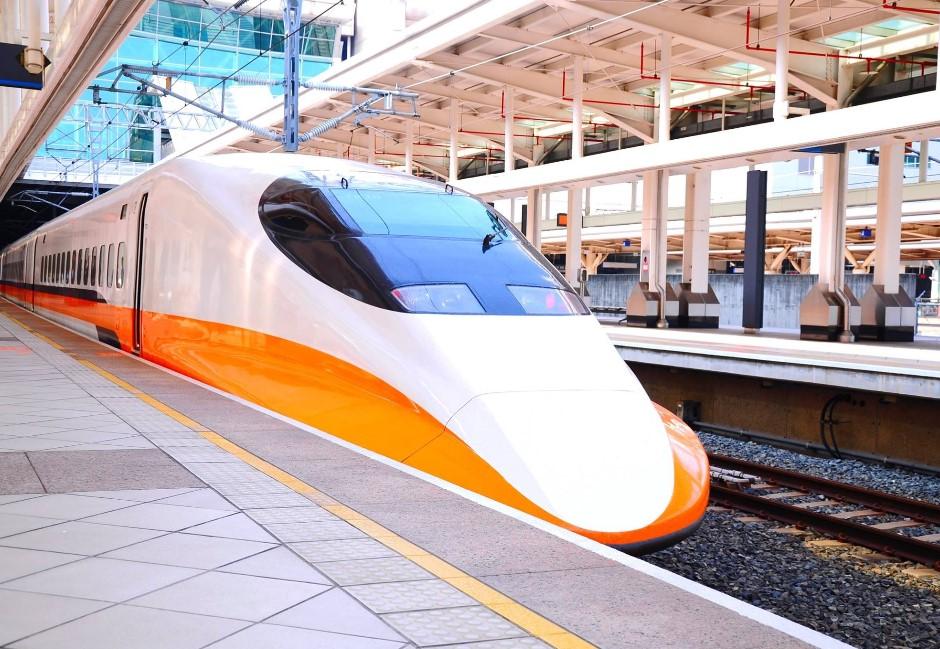 利奇馬最新/交通異動看這!高鐵台中以北、台鐵彰化以北午前停駛