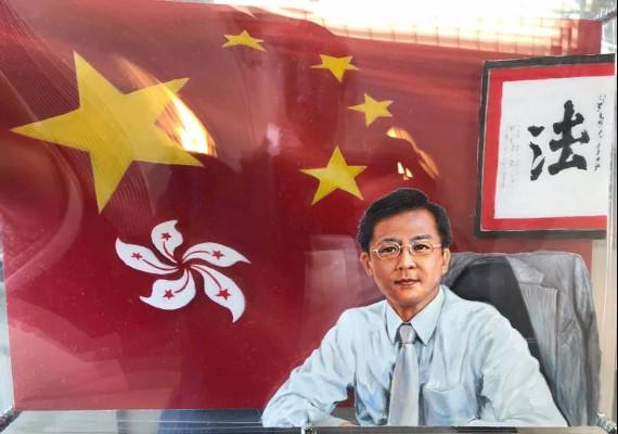 中國網民支持警察子女返祖國讀書!何君堯使全面connect!