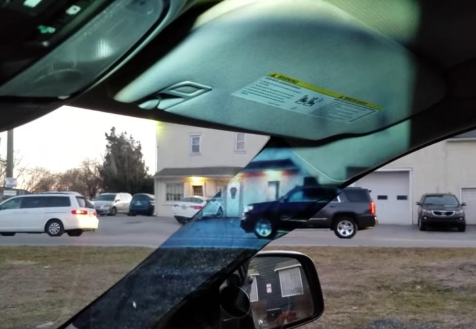 不擋視線!開車掰了A柱死角 14歲少女神發明「透視」車外
