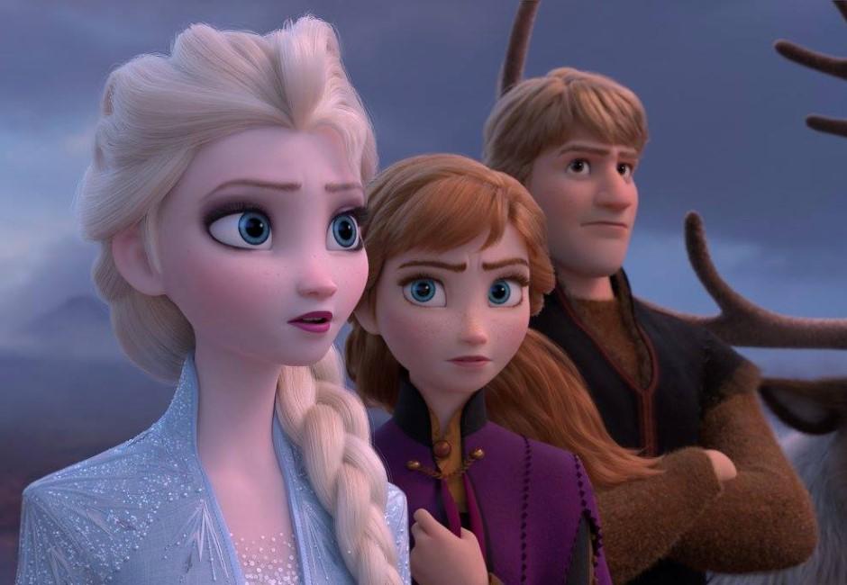 冰雪奇緣艾莎其實是巨人?網查身高嚇壞:可以一腳踩死薩諾斯!