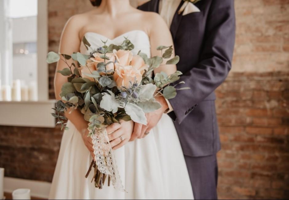 女友結婚唯一條件 男方狠烙「太誇張」遭網友撻伐