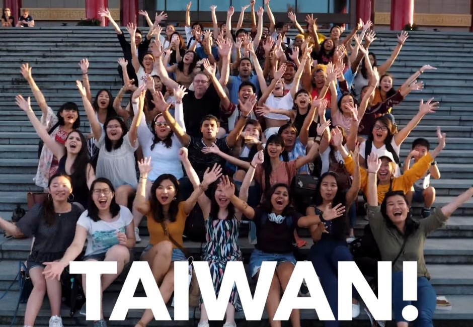 「來去總統府住一晚」大成功 十大外國網紅大讚台灣:神奇的地方