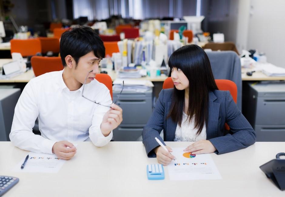 可以講中文嗎!總total、扛鳳、爬線⋯⋯盤點「超愛講錯的職場英文」