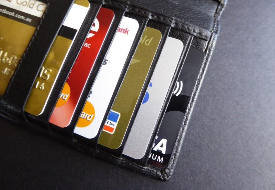 2021上半年神卡出爐!去年的「無腦刷」信用卡有哪些變動?