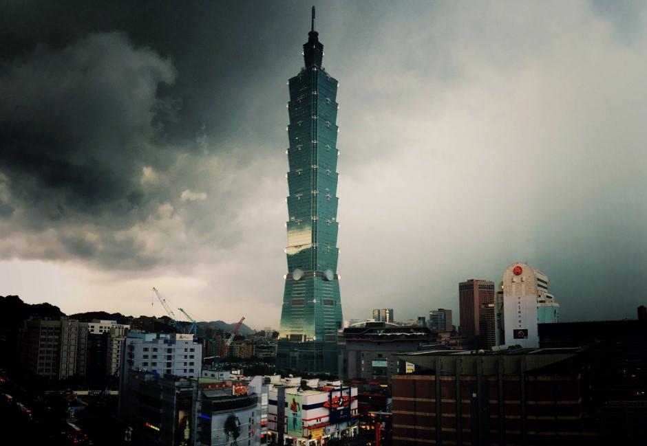另類台灣之光?網友驚見台灣「負面紀錄」世界第一:問題也太多